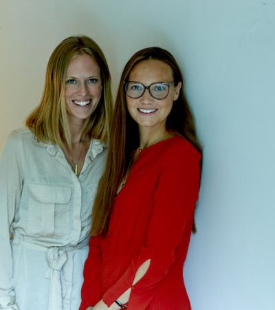 Valentina Harrendorf and Amber Duettmann the founder of the fashion startup SI BEAU